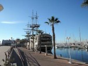 アリカンテの港