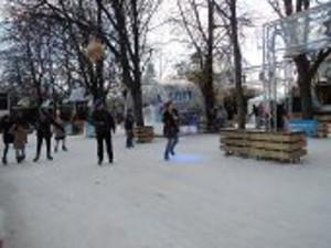 シャンゼリゼ大通りのスケート場
